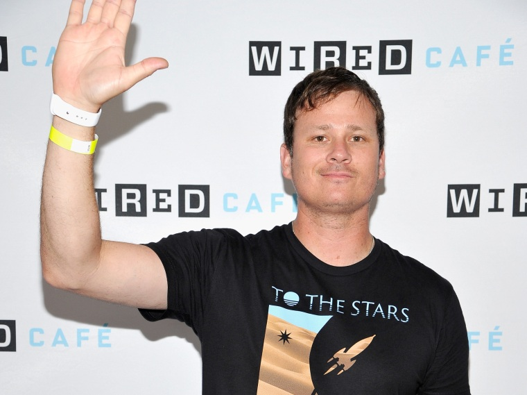Tom DeLonge's UFO academy just signed a contract with the U.S. Army