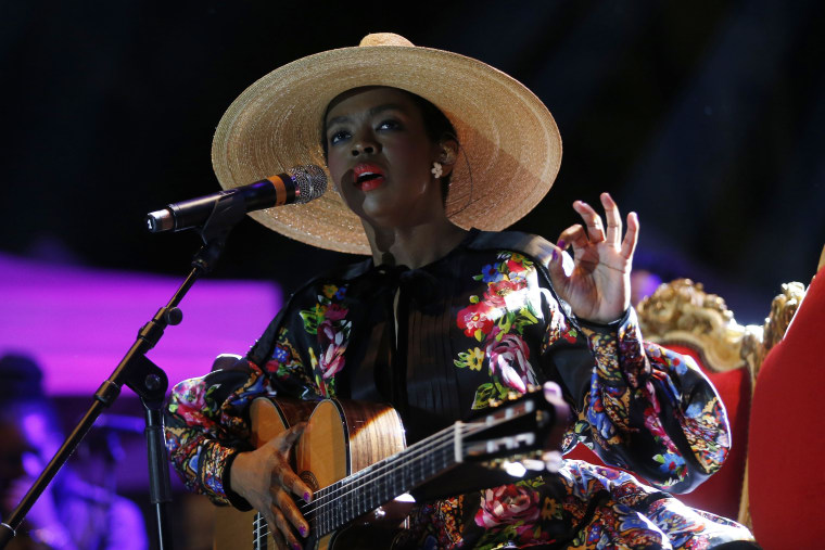 "Ms. Lauryn Hill responds to Robert Glasper's claims that she ""steals"" music"