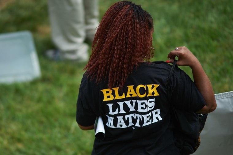 "Walmart Removes ""Black Lives Matter"" T-Shirts From Online Store After Police Protest"