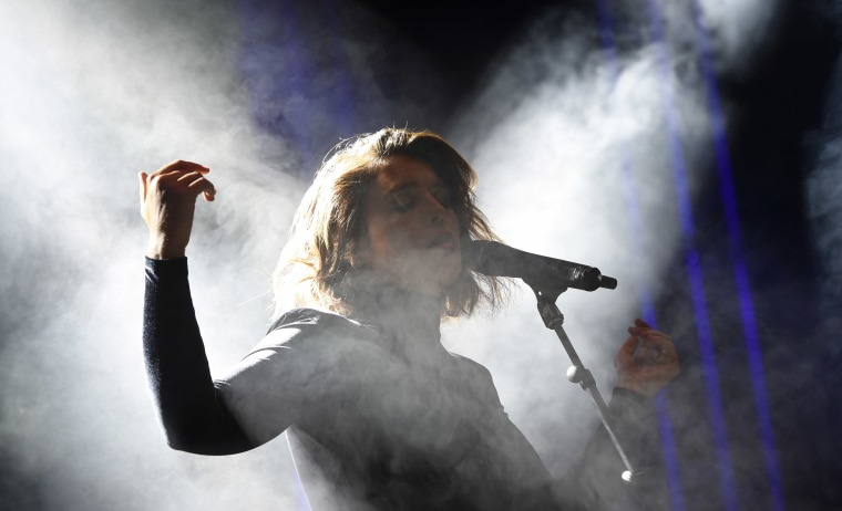 "Jessie Ware shares new song ""Overtime"""