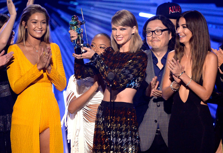 This Is What Was Wrong With The 2015 VMAs