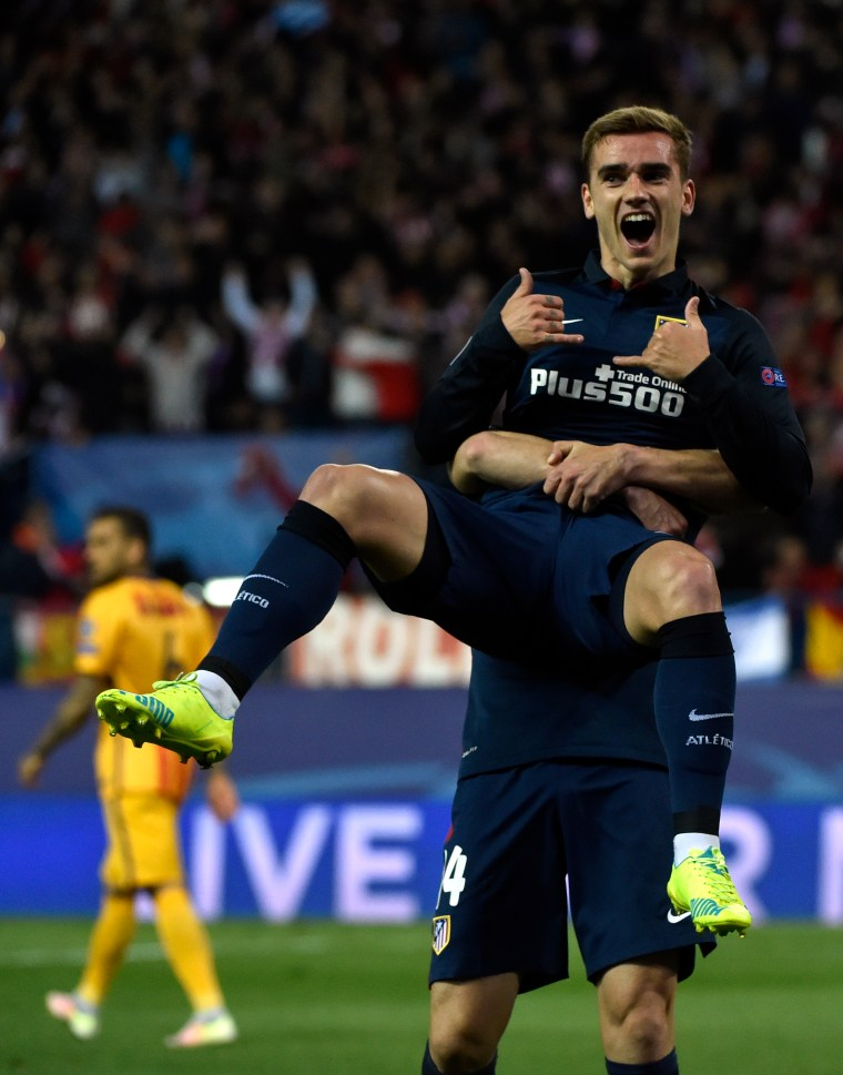 "This French Soccer Star Bravely Refuses To Stop Doing ""Hotline Bling"" Hands"