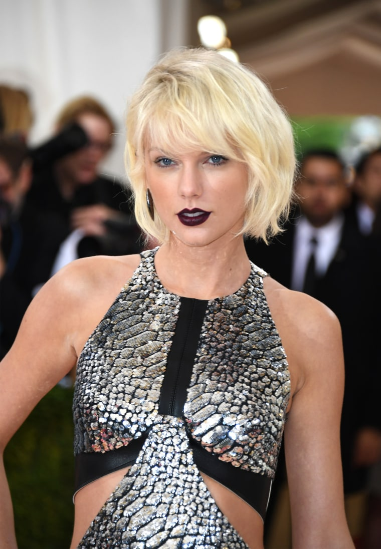 6 Trends Celebrities Think Are Super Futuristic