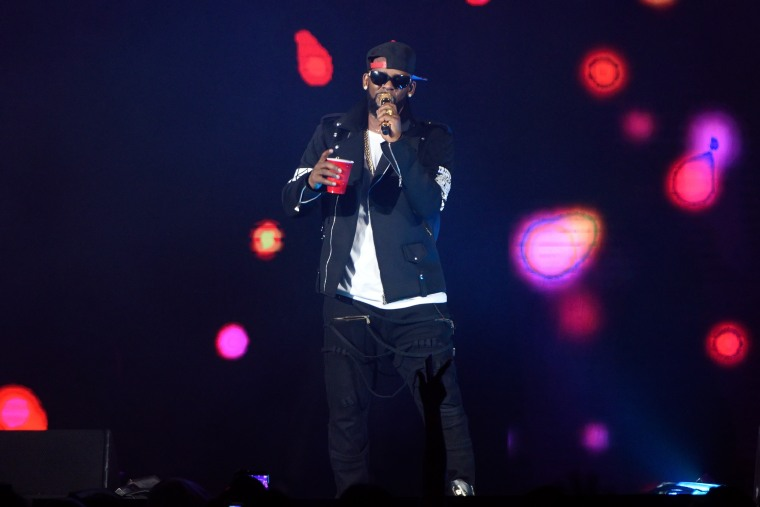 R. Kelly faces fresh accusation of sexual misconduct