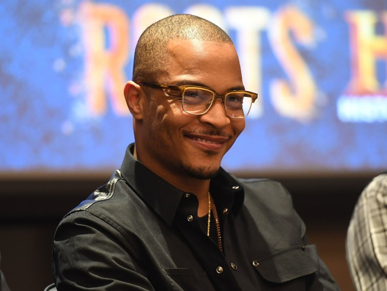T.I. helps raise $120,000 to bail out non-violent offenders for Easter