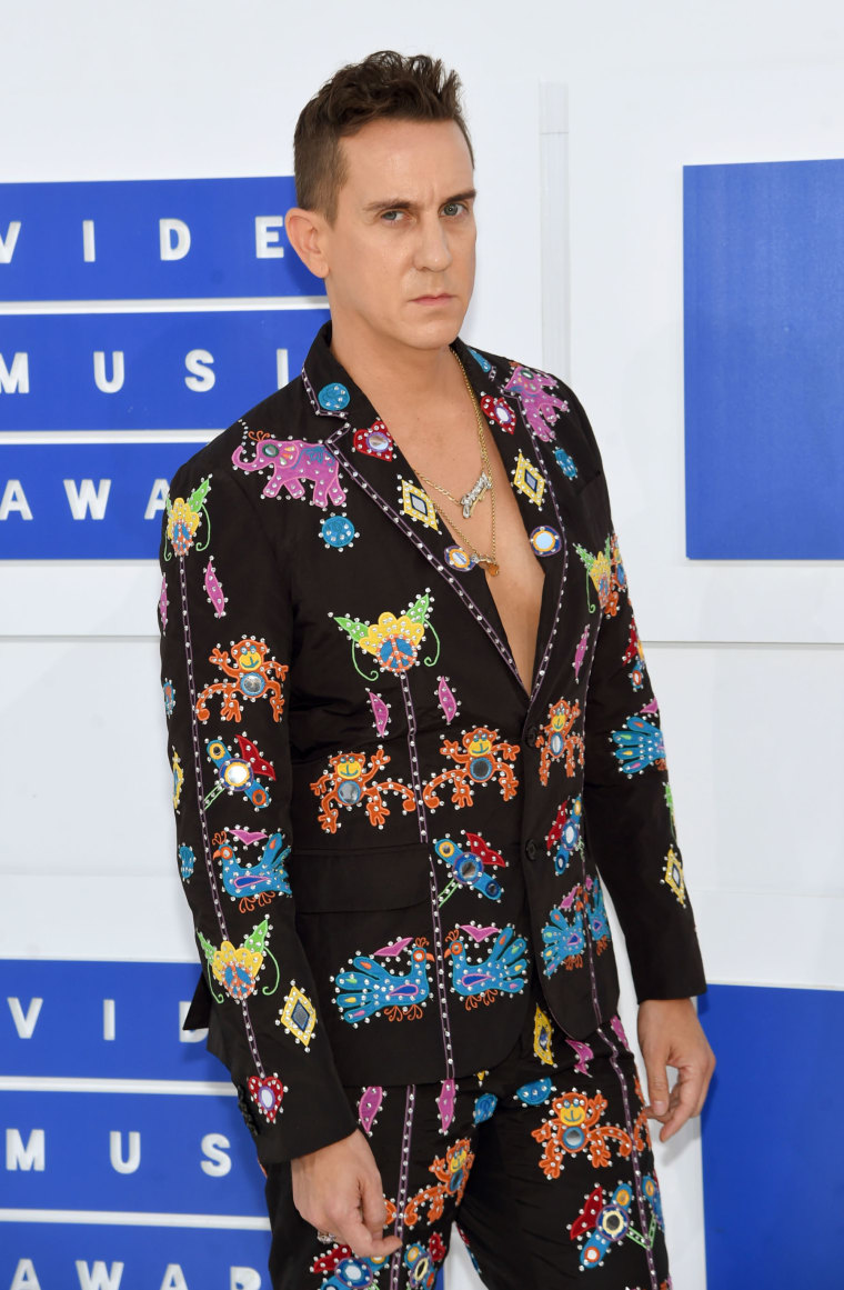 No One Wore A Shirt To The VMAs Last Night