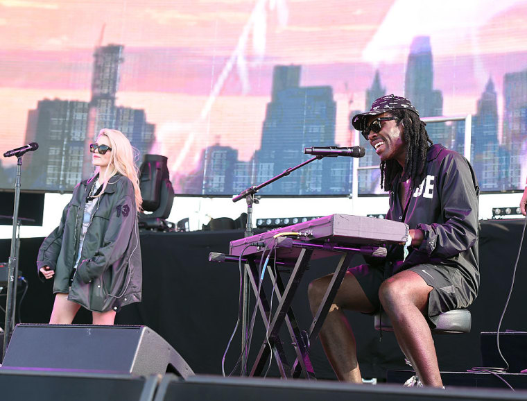 Watch Sky Ferreira And Carly Rae Jepsen Join Blood Orange For FYF Fest Performances