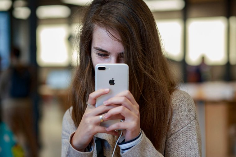 The U.K.'s Health Secretary Wants To Ban Sexting For Under-18s