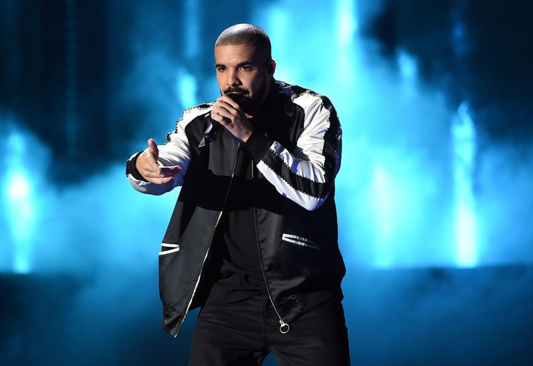Drake Has Reportedly Spent 400 Consecutive Weeks On The Hot 100