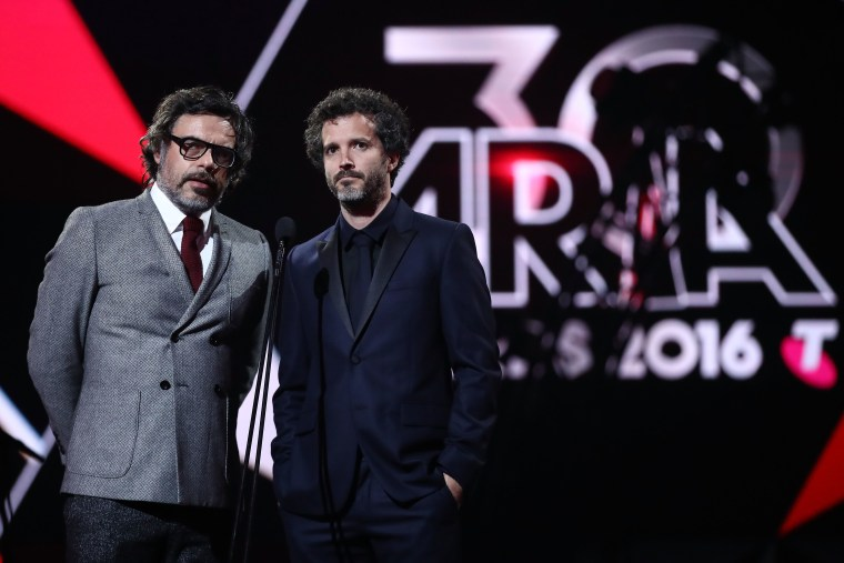 Jemaine Clement says <i>Flight of the Conchords </i> will return for an hour-long special