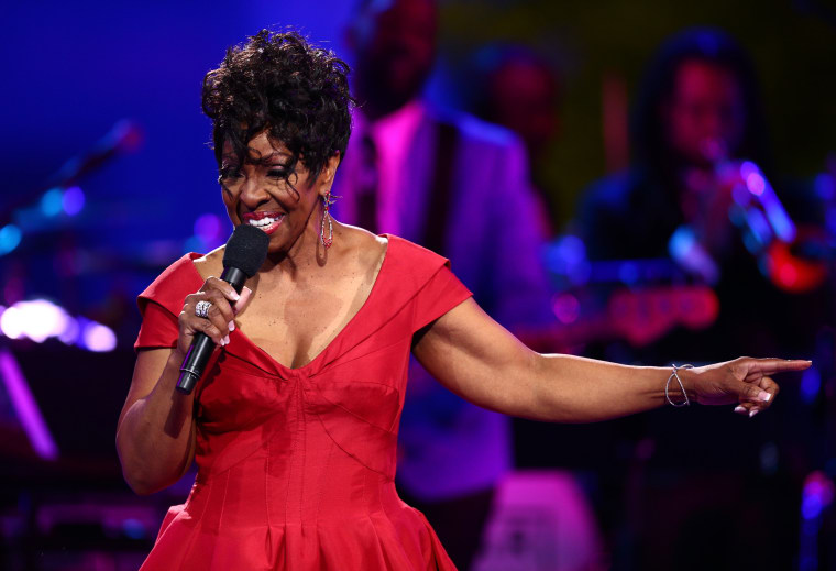 Gladys Knight will pay tribute to Aretha Franklin at the 2018 American Music Awards