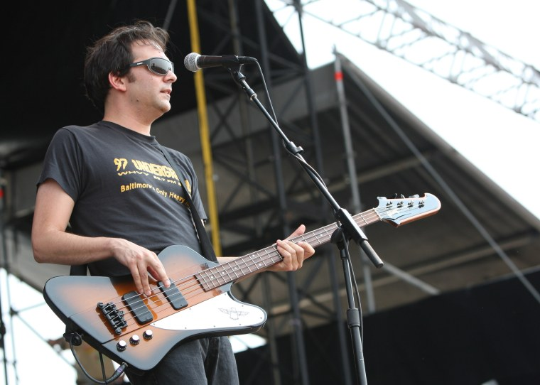 Fountains of Wayne's Adam Schlesinger dies of COVID-19 complications at 52