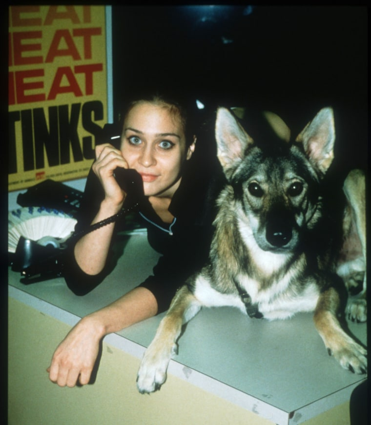 "Fiona Apple is pledging ""Criminal"" royalties to legal aid for border detainees"