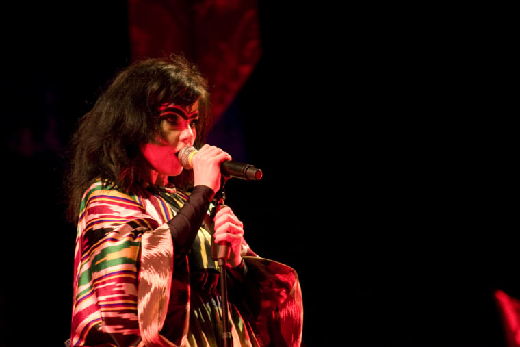 Björk Calls Out Media Sexism Following Her DJ Set At A Texas Festival