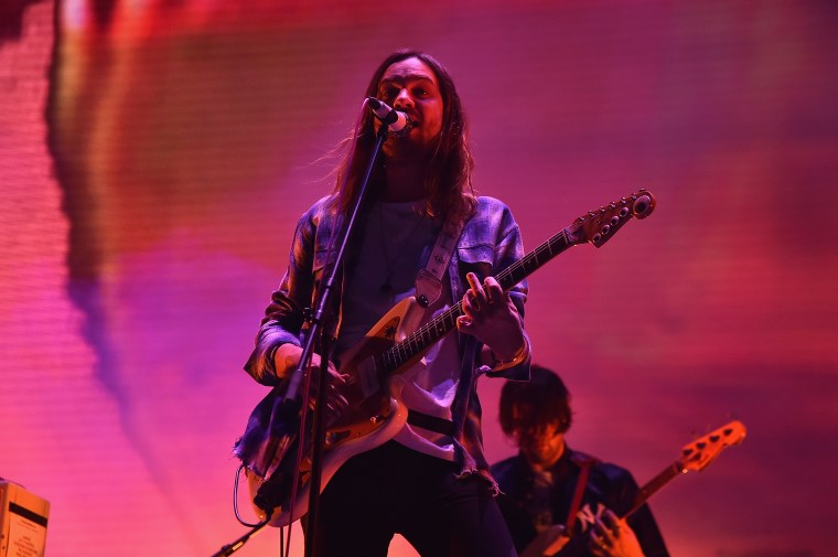 "Watch Tame Impala debut new single ""Borderline"" on <i>Saturday Night Live</i>"