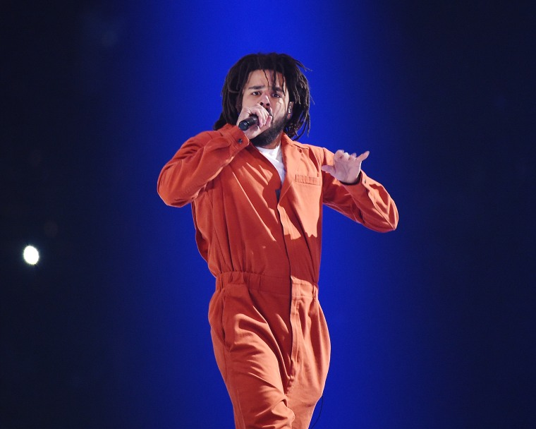 J. Cole Learned How To Make A Twitter Thread To Teach Everyone How To Boycott