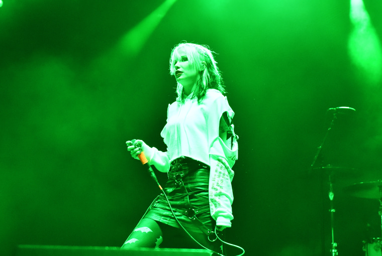 """Hear Alice Glass's new song """"I Trusted You"""""""