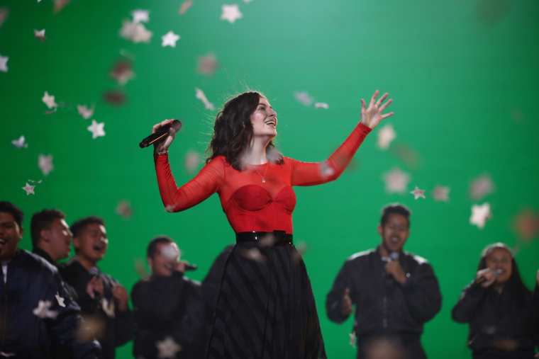 Lorde cancels Tel aviv show amid calls from BDS activists
