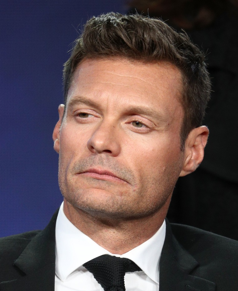 E! plans a<i> Red Carpet</i> tape delay amid allegations against Ryan Seacrest