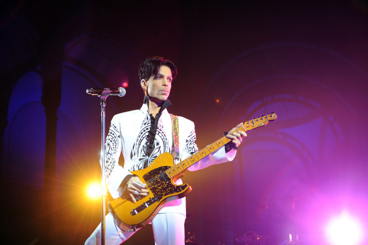 "Listen to Prince's piano demo of ""17 Days"""