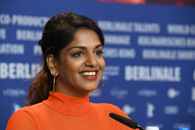 "M.I.A. says JAY-Z urged her to sign a ""ridiculous"" lawsuit from the NFL"