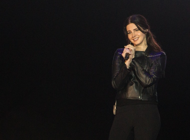 "Lana Del Rey says when she's not writing, she's ""just at Starbucks, talking shit all day"""