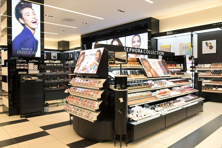 Sephora is giving free makeup classes to trans and non-binary people