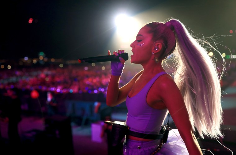Ariana Grande made a surprise appearance at Coachella