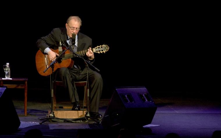 Father of bossa nova João Gilberto dies at 88