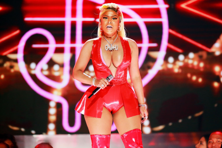 Nicki Minaj announces Beats Radio show