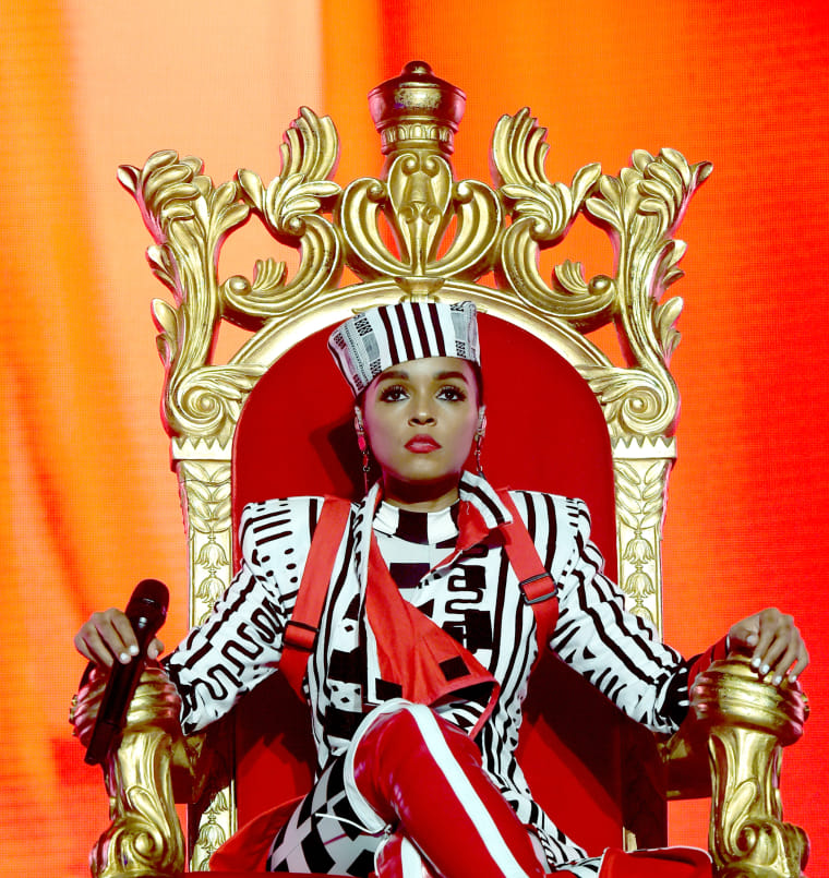 "Janelle Monáe performs ""Make Me Feel"" at the 61st Grammys"