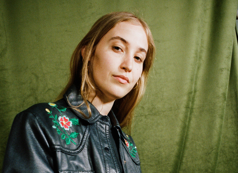 "Hatchie announces debut album, shares ""Without A Blush"""