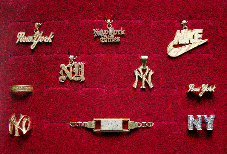 Botanica's <i>New York </i>Collection Covers The City In 18K Gold
