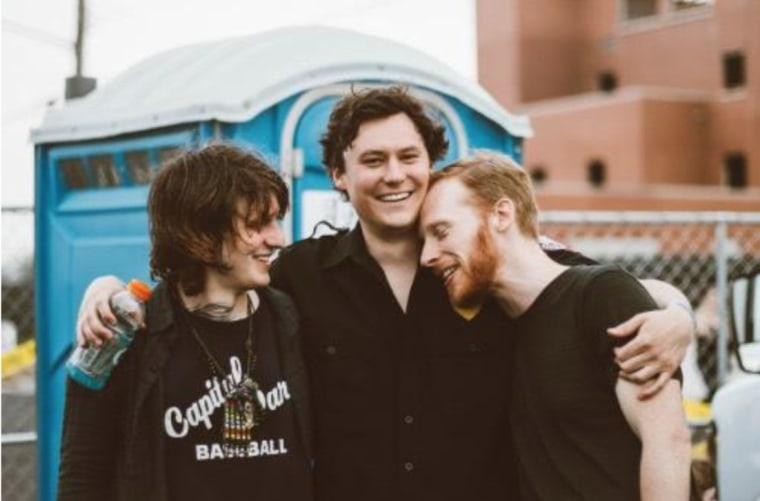 "Hear The Front Bottoms' frenzied cover of Kevin Devine's ""Just Stay"""