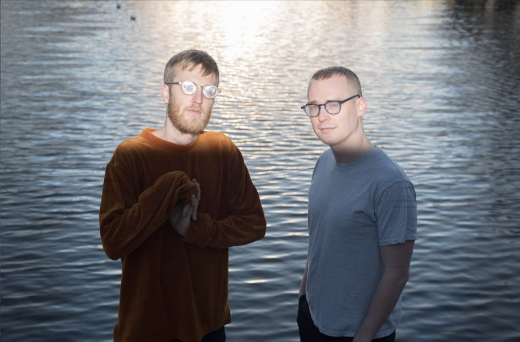 """Harry Burgess and Lil Data team up for new single """"Offer"""""""