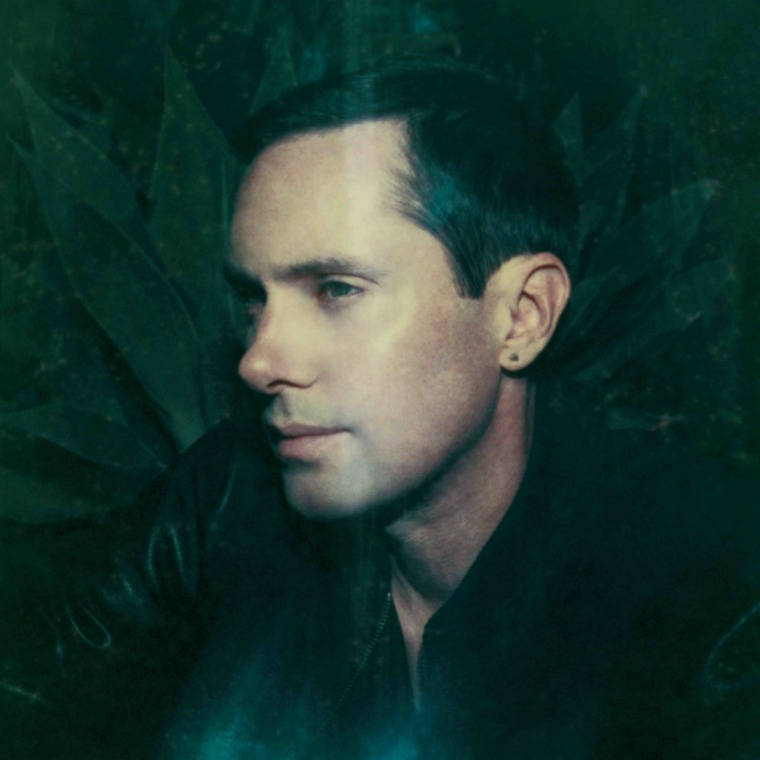"Rhye shares new single ""Hymn"""