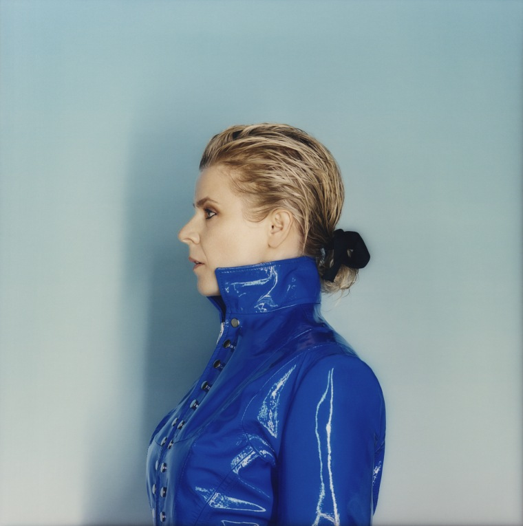 Robyn announces new album <I>Honey</i>