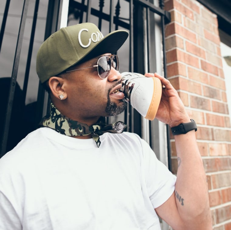 "Juvenile and Mannie Fresh Relaunch Reebok ""Solja"" Sneaker"