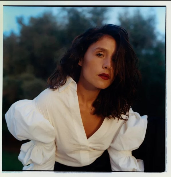 "Listen To Jessie Ware's New Song ""Alone"""