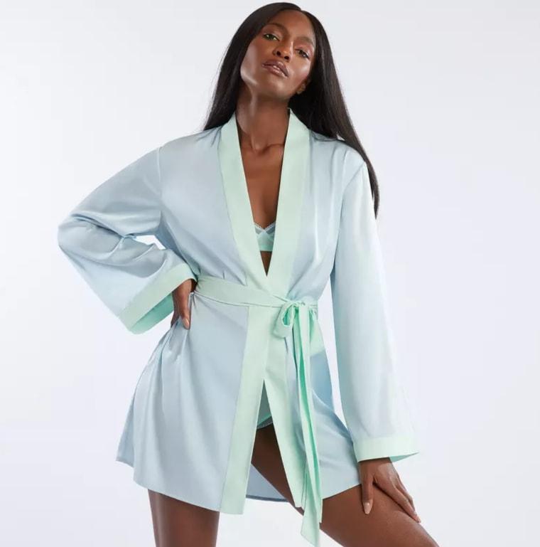 You can now lounge around in a Savage x Fenty robe