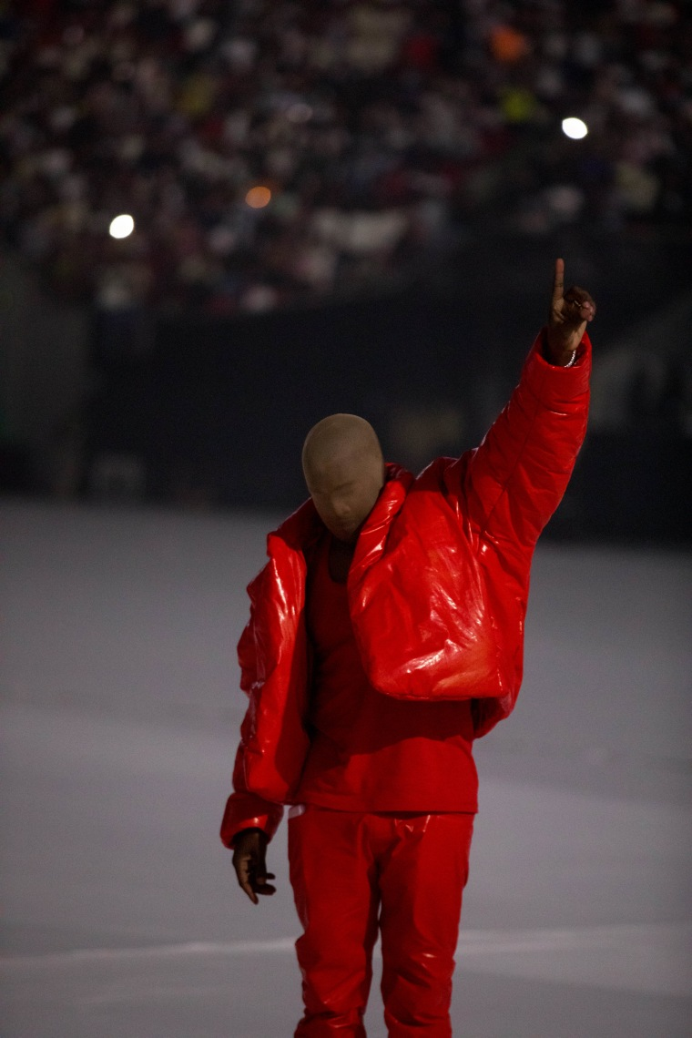 Kanye West releases new album <i>Donda</i> (with the Jay-Z verse)