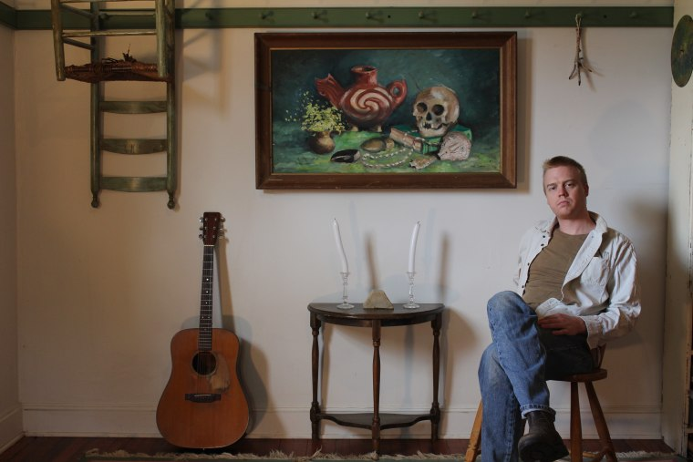 Hear Daniel Bachman's patient, delicate new album <i>Axacan</i>