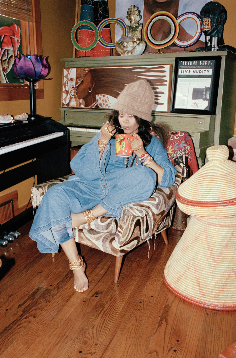 "Erykah Badu wants you to enjoy this Fela Kuti box set with ""a nice blunt"""