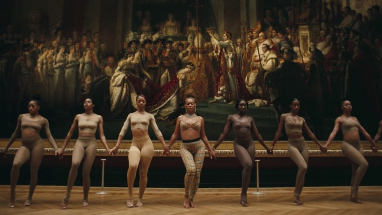 "An art history expert breaks down Beyoncé and JAY-Z's ""APESHIT"" video"
