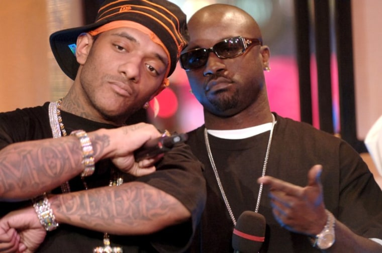 "Listen to unreleased Mobb Deep song ""Boom Goes The Cannon"""