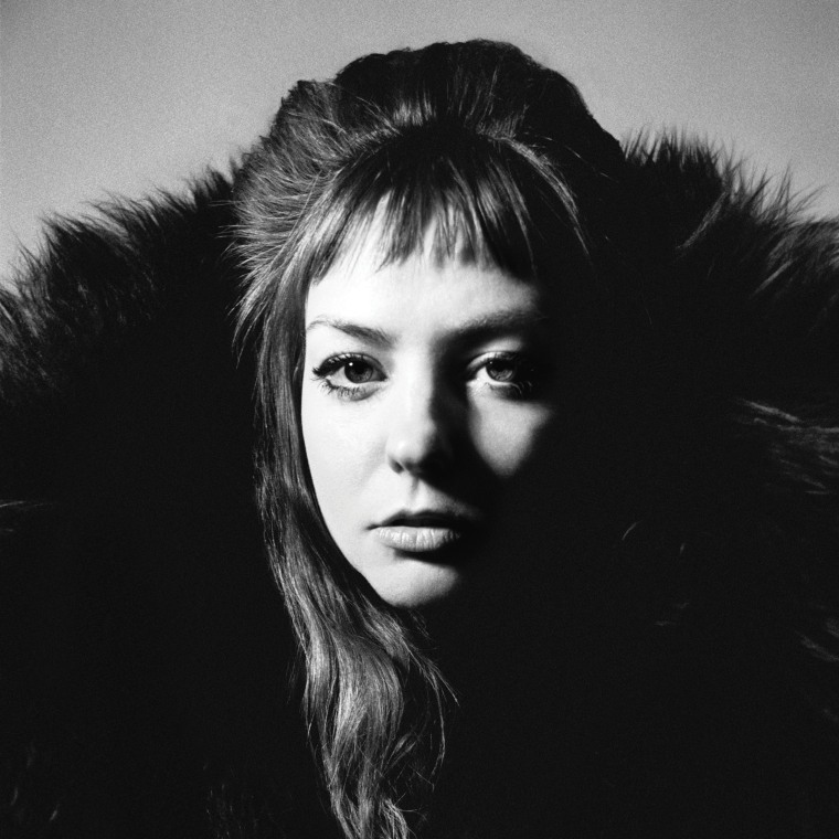 Angel Olsen announces new album <i>All Mirrors</i>, shares title track