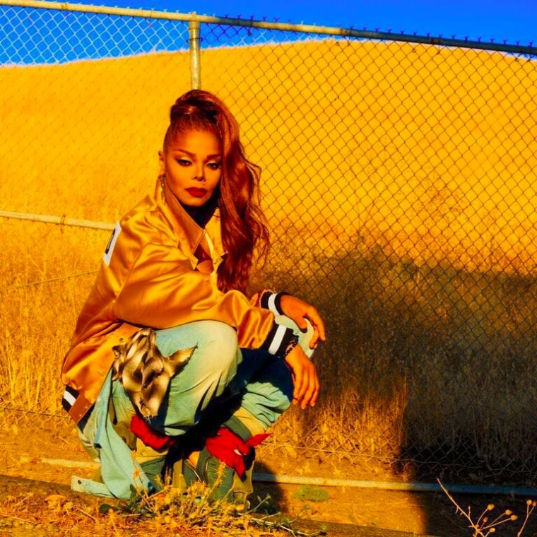 Janet Jackson's former tour manager sues for $300,000