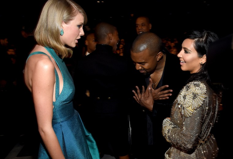 "Kim Kardashian Posted Footage Of Taylor Swift Signing Off On Kanye West's ""Famous"" Lyrics"