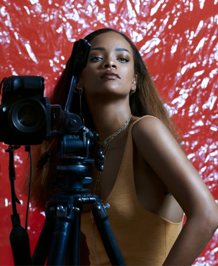 Rihanna reportedly partnering with luxury powerhouse LVMH to launch fashion house