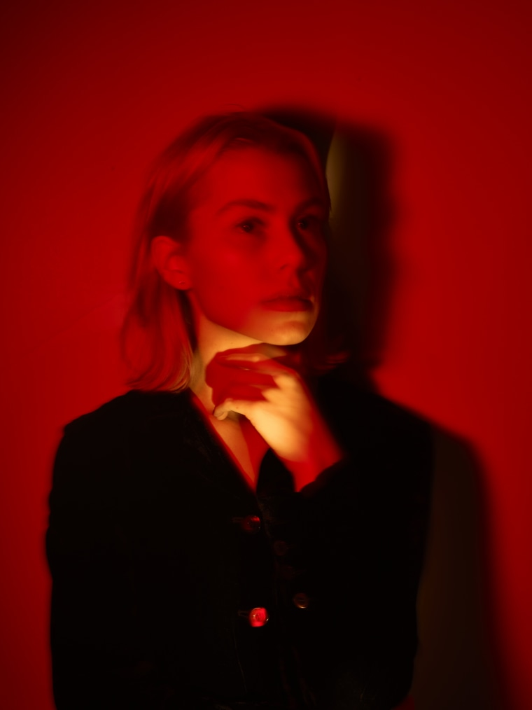 "Listen to Phoebe Bridgers cover ""The Gold"" by Manchester Orchestra"